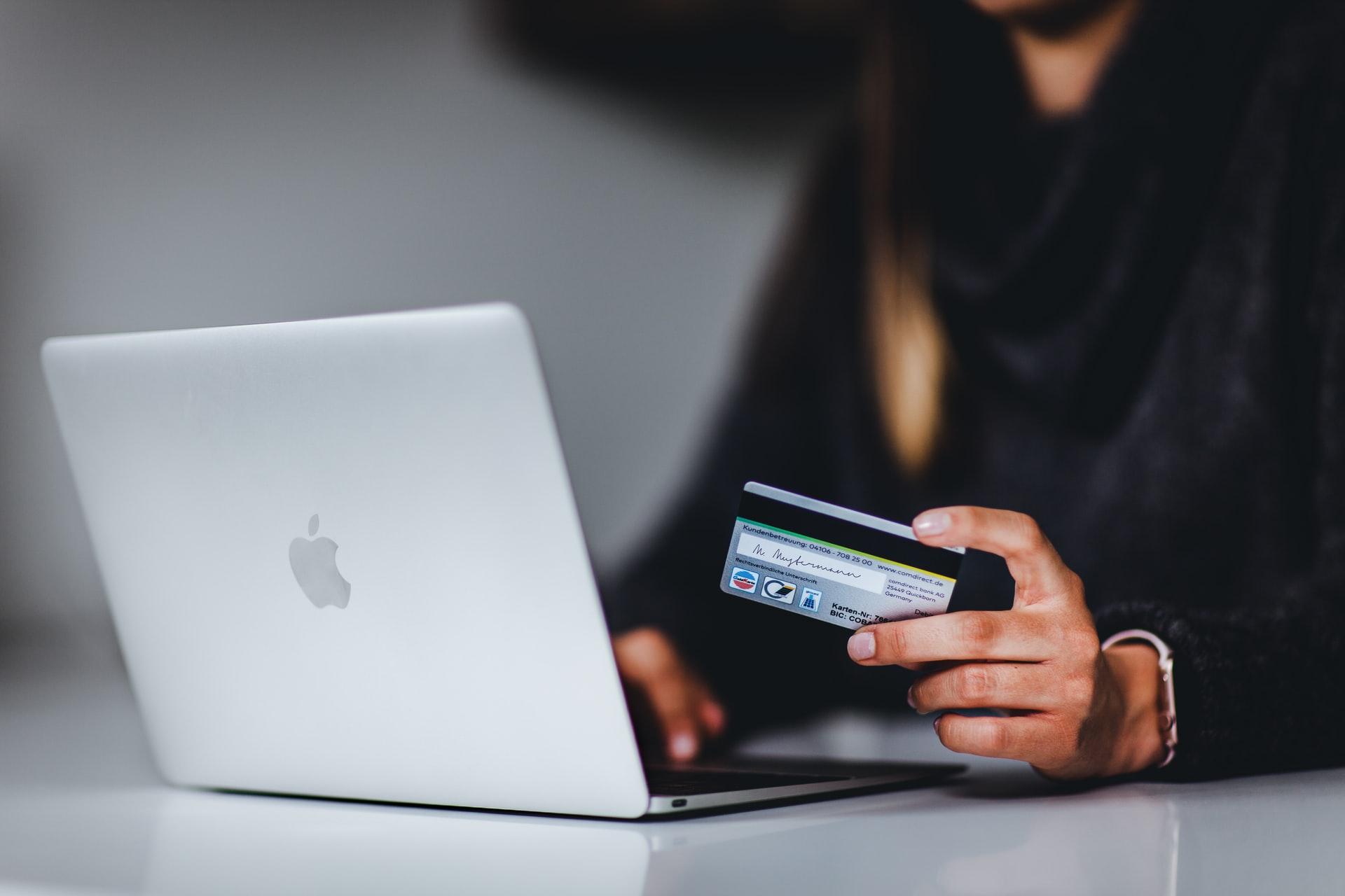 Har du bøvl med at låne penge? Her er et alternativ til din gamle, støvede bank